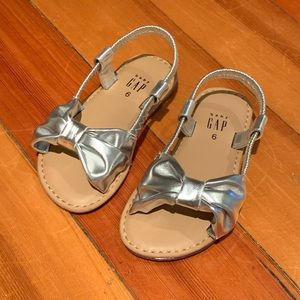 Gap silver bow sandals